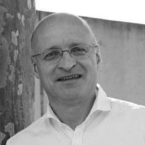 Dr Steve Jaynes