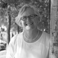 Associate ProfessorUrsula de Jong