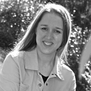 Dr Kelly Miller