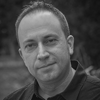 Dr Eric Koukounas