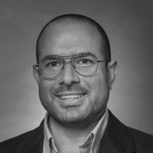 Dr Roberto Perez-Franco