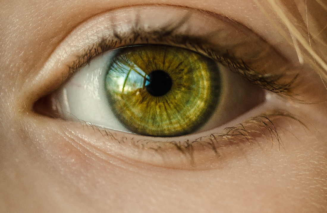 Image of a green eye