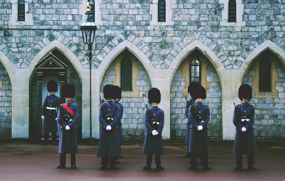 guards in front of building windsor UK