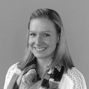 Dr Lauren Arundell