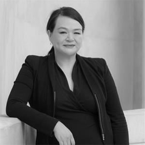 Dr Vicki Huang